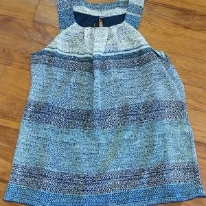 Lady's shades of blue top size small